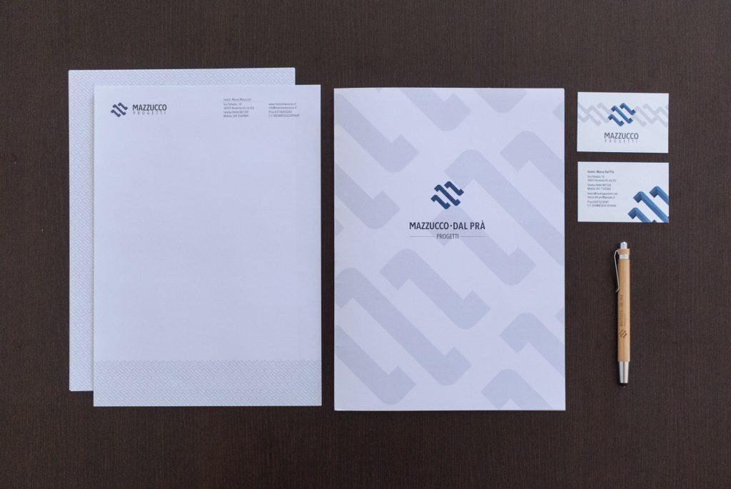Mazzucco Dal Prà Progetti nuova grafica con carta intestata, biglietti da visita e gadget